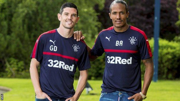 Graham Dorrans (left) and Bruno Alves