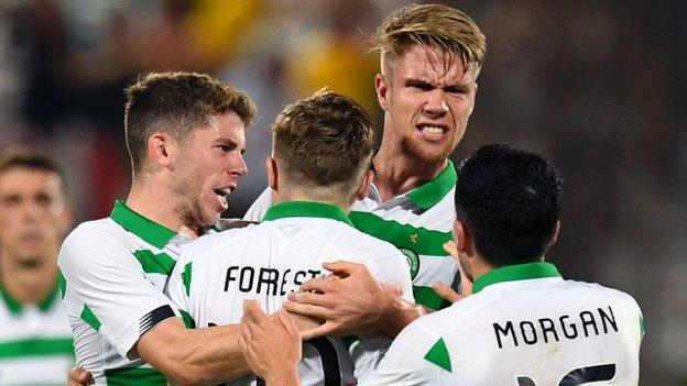 Champions League: James Forrest scores as Celtic draw against Cluj thumbnail