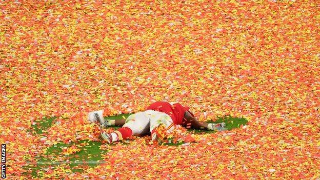 Derrick Nnadi of the Kansas City Chiefs celebrates in the confetti