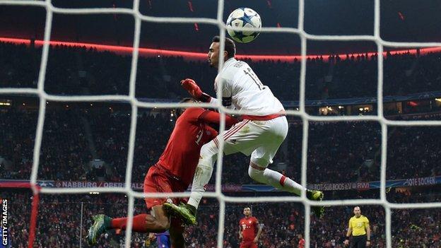 Bayern Munich's Kingsley Coman scores Bayern Munich's