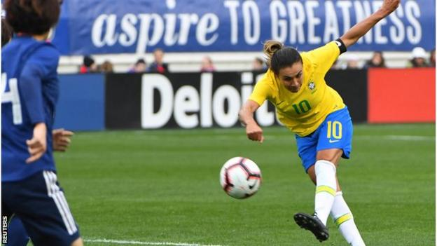 The biggest prizes have eluded Brazil's Marta - she lost in Olympic finals in 2004 and and 2008, and was a World Cup runner-up in 2007