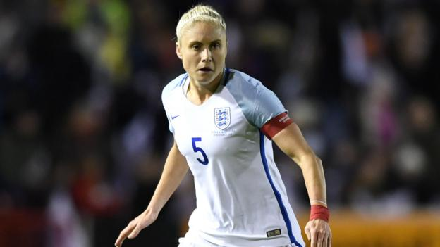 100580864 gettyimages 879147114 - England females: Steph Houghton and Jordan Nobbs recalled for World Cup qualifiers