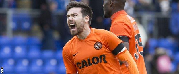 Dundee United's Ryan Dow celebrates