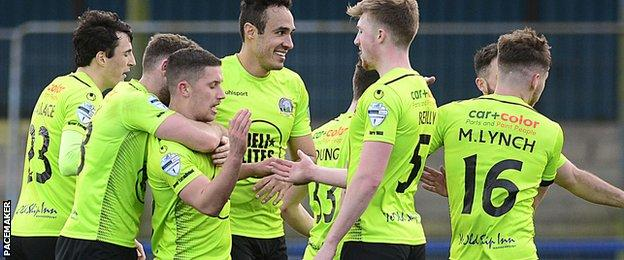Foster's goal halted a four-game losing run in the league for Warrenpoint