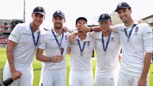 Stuart Broad, James Anderson, Mark Wood, Ben Stokes & Steven Finn
