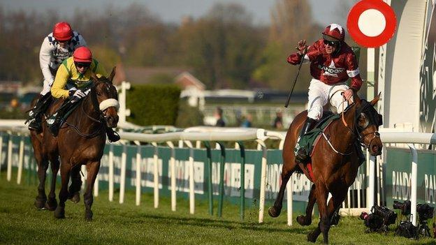 Tiger Roll winning the 2019 Grand National