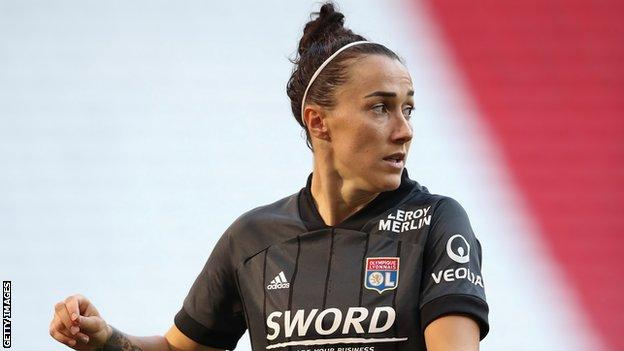 Lucy Bronze playing for Lyon