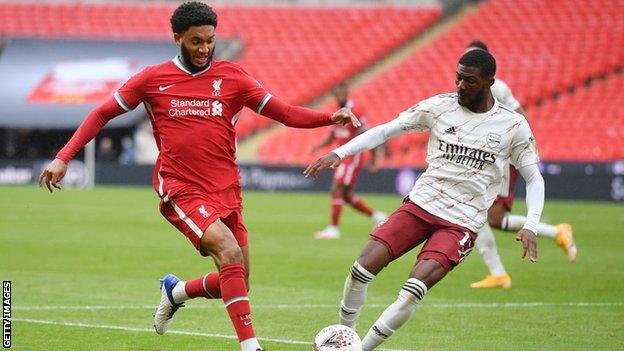 Arsenal 1-1 (5-4 pens) Liverpool: Gunners win on penalties thumbnail