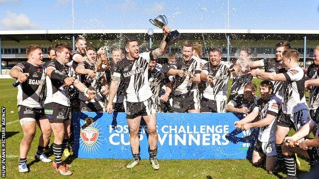 Pontypridd celebrate winning the Fosters Cup