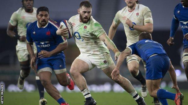 Luke Cowan-Dickie playing for England against France
