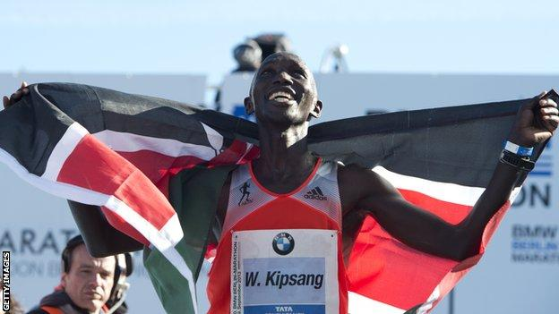 Wilson Kipsang celebrates a victory