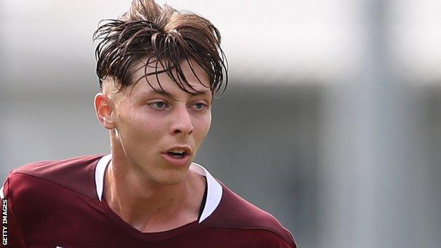 Daniel Guerini playing for Torino's under-19 side