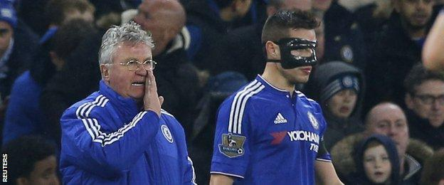 Cesar Azpilicueta (right) and Guus Hiddink (left)