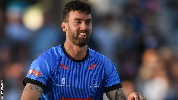 Reece Topley in action for Sussex