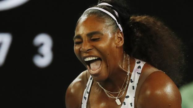 Serena Williams makes Australian Open third round with straight-set win thumbnail