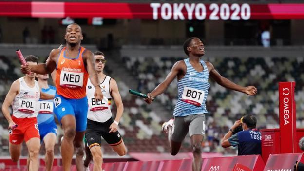 Final olímpica de 4 x 400 m, hombres