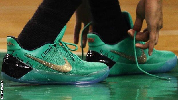 Isaiah Thomas shoes