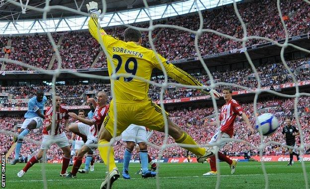 Yaya Toure scores the winner against Stoke in the 2011 FA Cup final