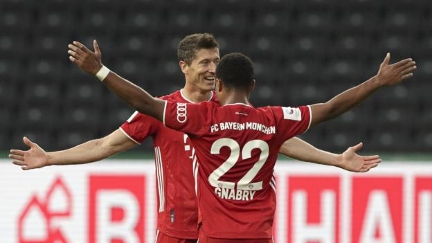 Bayer Leverkusen 2-4 Bayern Munich: Robert Lewandowski double helps win German Cup thumbnail