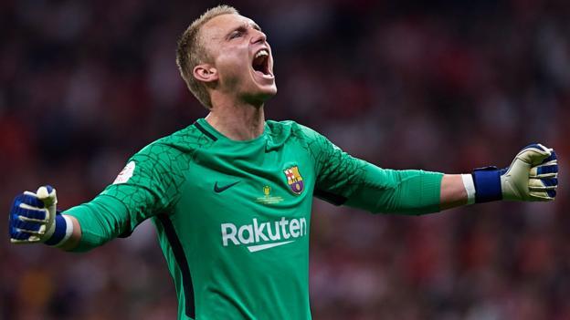 Jasper Cillessen: Valencia to sign Barcelona keeper for 35m euros thumbnail