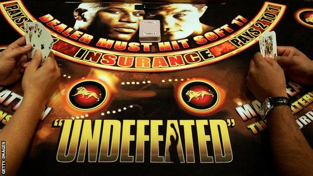 Las Vegas Casino tables carried promotion of the fight night which was entitled 'undefeated'