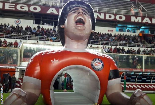 Diego Maradona inflatable tunnel at Argentinos Juniors