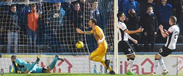 Denny Johnstone fired home from six yards to put the Greenock side in front