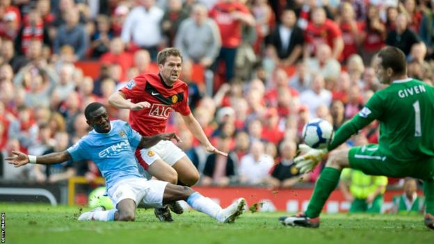 Michael Owen scores for Manchester United to seal a 4-3 win over Manchester City in the derby in 2009