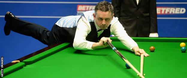 Alan McManus on his way to victory over Stephen Maguire