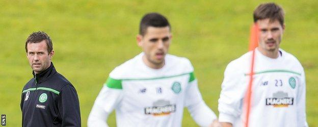 Celtic manager Ronny Deila takes training