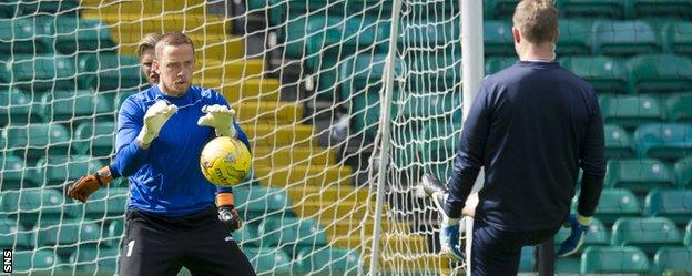 Stjarnan goalkeeper Gunnar Nielsen trains at Celtic Park