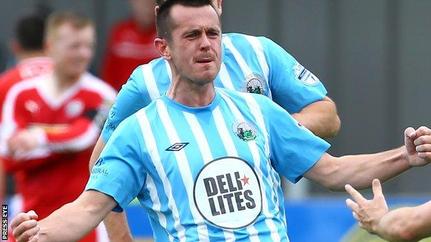 Stephen Hughes equalised for Warrenpoint against Institute