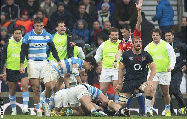 Facundo Isa scores Argentina's first try