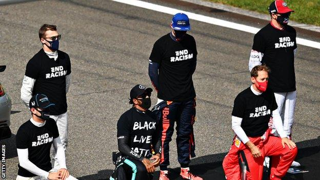 George Floyd: Lewis Hamilton, LeBron James and sporting world reacts to Derek Chauvin conviction thumbnail