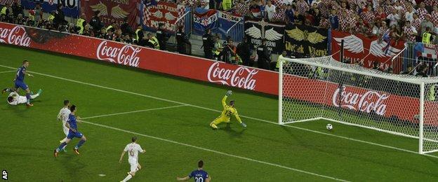 Ivan Perisic scores Croatia's winner against Spain
