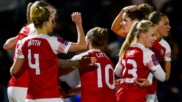 Arsenal Women 2-1 Man United: Vivianne Miedema goals seal League Cup final spot thumbnail