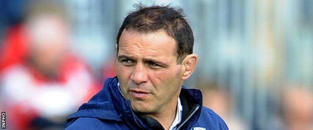 Bordeaux coach Raphael Ibanez