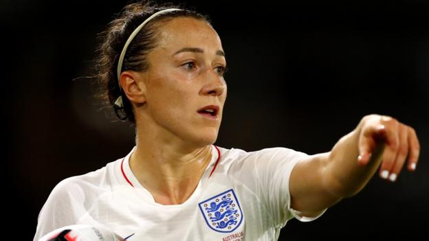 World Beaters: Lucy Bronze on injuries, social anxiety & life in the limelight thumbnail