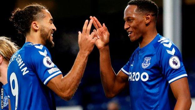 Dominic Calvert-Lewin and Yerry Mina celebrate