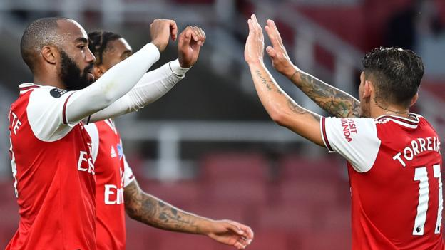 Arsenal 2-1 Liverpool: Gunners come from behind to end champions' record hopes 1