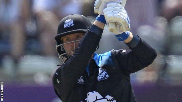 Worcestershire batsman Alexei Kervezee