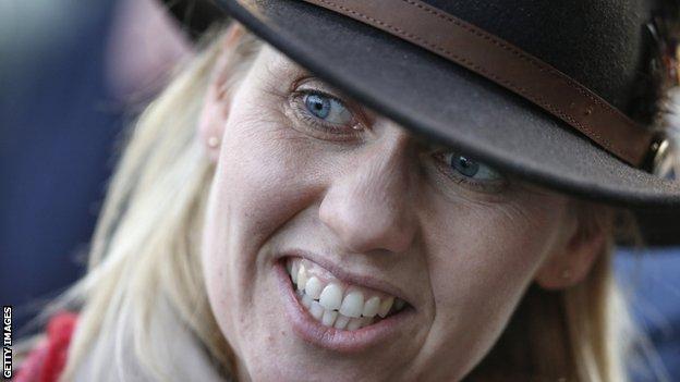 Trainer Ruth Jefferson
