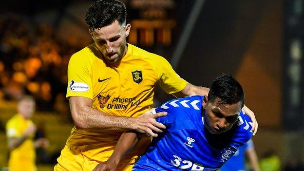 Livingston v Rangers