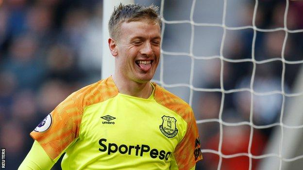 Everton keeper Jordan Pickford sticks his tongue out at Newcastle fans