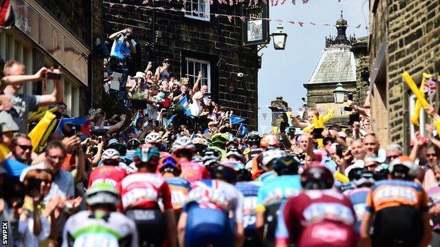 The Tour de Yorkshire goes through Haworth