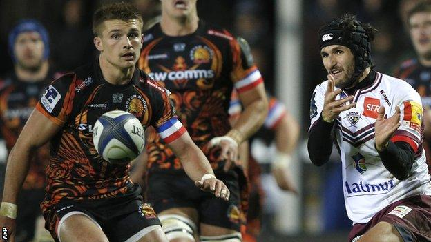 Henry Slade looks on as Romain Lonca passes the ball for Bordeaux