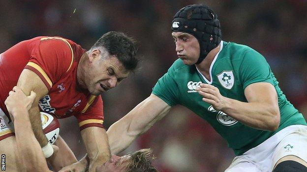 Tommy O'Donnell is about to challenge Mike Phillips in Saturday's game