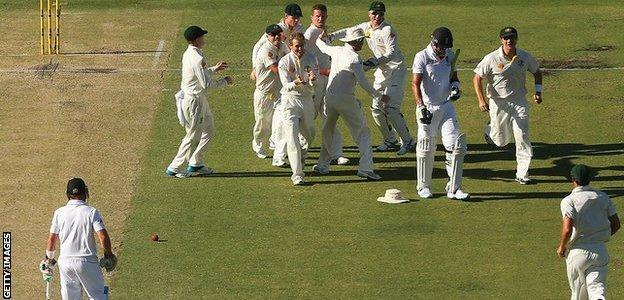 Peter Siddle and Australia are jubilant after taking the wicket of key England man, Kevin Pietersen