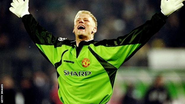 Peter Schmeichel Ex Man Utd Keeper Considering Applying For Director Role Bbc Sport