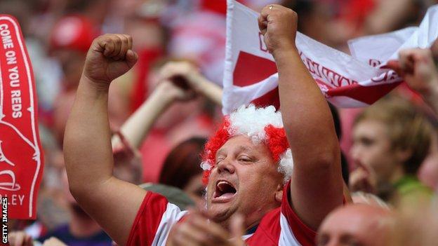 Wigan Warriors fan
